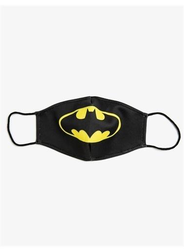 Koton Batman Lisansli Baskili Yikanabilir Kumas Maske Siyah
